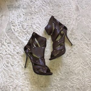 """Brown and Gold leather 4"""" Gladiator Heels w/ zip"""